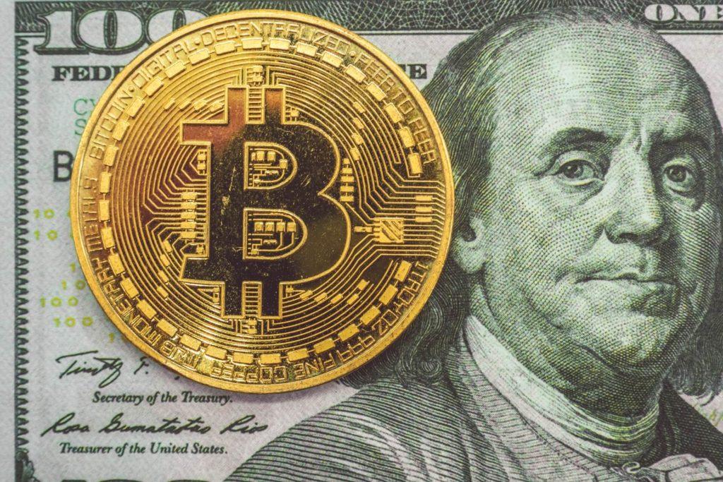 In Kryptowährungen investieren 2021 - so funktioniert der Handel mit Bitcoin.